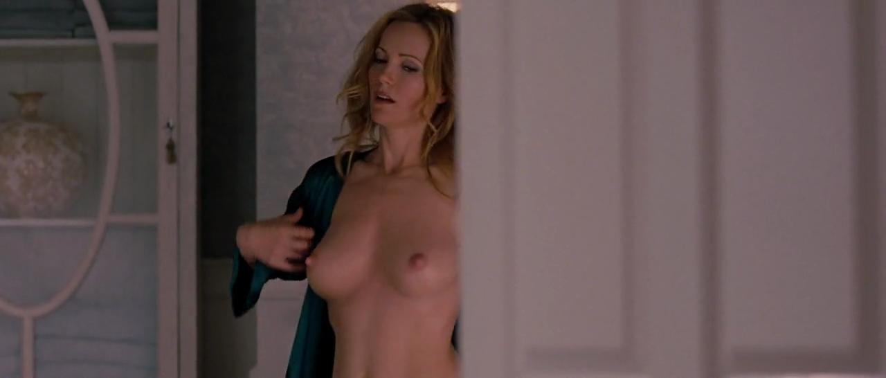 Leslie mann nude naked