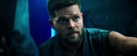 Download Escape Plan 2 Hades 2018 720p BRRip 700 MB - iExTV Torrent