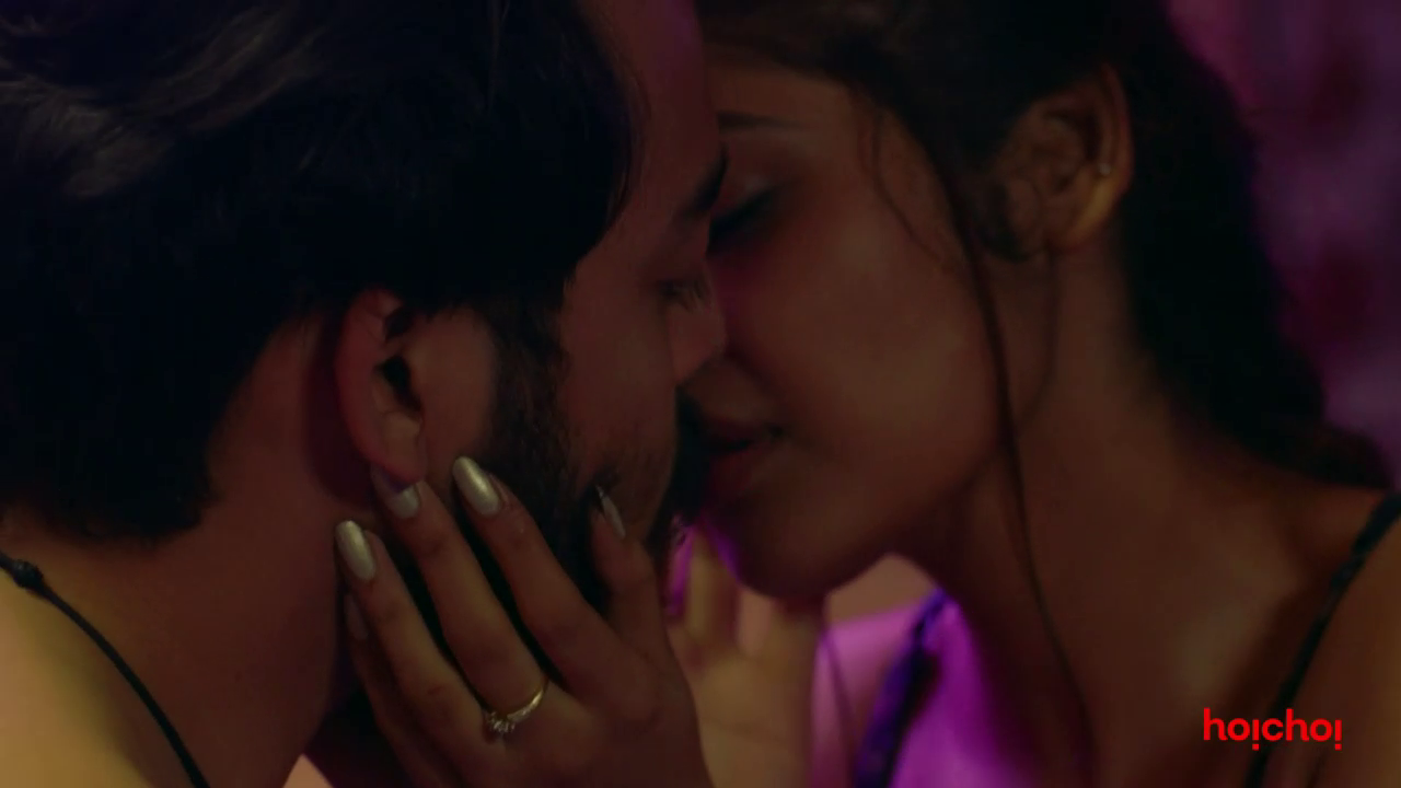 Charitraheen (2019) Hindi - 720p - WEB-DL - AVC - AAC-Team IcTv Exclusive 18+